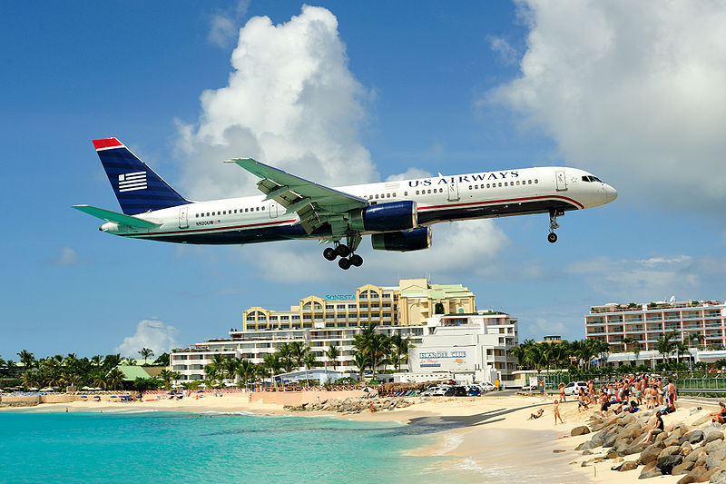 800px-Princess_juliana_international_airport_approach.jpg