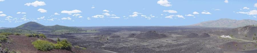 Kawah Monumen Nasional Bulan dari Inferno Cone